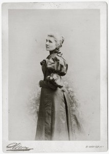 New York photographer Napoleon Sarony, well known for his celebrity portraits, took this picture of Helen Clarke c. 1895. MHS Photo Archives 941-745.